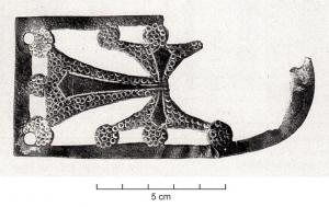 BAC-6042 - *  Openwork riveted loop : Cross of Languedoc&#013&#013*  Rectangular apply except a small rounded side, adorned with openings defining a cross of Languedoc ;  three holes in the edge for fixing a nailed or riveted.  This is probably a decor was intended to be riveted to a yoke has rounded extremity .
