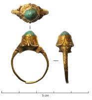 BAG-9017 -  *  Cabochon Ring&#013*  Ring a thin cane , the whole upper part is adorned grounds of plants deeply chiselled , framing a raised stone set with cabochon ( claws ) .