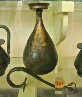 BLS-4017 - Balsamarium&#013&#013 *  Balsamarium pear-shaped body, neck stretched and expanded board, lip band , raised handle, flat and grooved , attached to the body of the vase , below, by spiral-shaped appliques .