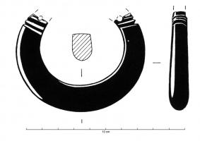 BRC-4065 -  *  Smooth bracelet mobile segment&#013&#013 *  Bracelet section more or less thick , oval or D , which seems to have been provided with a movable segment determined by two keys .  Transverse incisions usually mark the location of the junction.