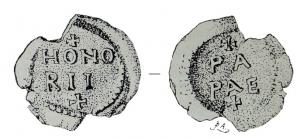 BUL-5019 - Bulla : papal, &#013&#013 *  Thick lead disc , perforated for the passage of ribbons, and struck in the name of Pope transmitter : on one side , + / HONO / RII / + , the reverse : + / PA / PAE / + ( Honorius I, pope from 625 to  638 ) .