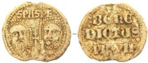 BUL-9092 - Bulla : papal, Benedictus VII&#013&#013 *  Thick lead disc , perforated for the passage of ribbons, and struck in the name of Pope transmitter : on one side , heads schematically Peter and Paul , SPA - SPE , the reverse : BENE / DICTVS / PP XII (Benedict XII , O  . Cist . , pope from 1334 to 1342 ) .