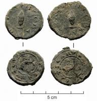 BUL-9115 -  *  Bullle Chorges&#013&#013 *  Circular bubble molded Av / BVLLA COMMVNIS , bust of the Archbishop of face , wearing the miter adorned with two quitenfeuilles , left with a small stick , Rv / CVRIE CATVRICARVM , dolphin turned left .