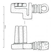 CLE-4119 - *  Cle a translation&#013&#013*  Cle short sleeve, is tightened moldings and a ring terminal suspension; rod follows two successive setbacks before returning to the neck to form the blade has teeth.