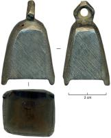 CLT-4007 -  *  bell&#013&#013 *  Bronze bell , small, trapezoidal rounded at the top with the base 4 neat pins as a media and a small hole near the base of the polygonal ring was used for suspension of fighting , many  copies are deep traces of lime.