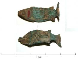 FIB-41294 - Brooch, zoomorphic : fish&#013 *  Fibula flat fish shape diagrammed , including the eye and the body are dug several lodges enamel .