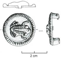 FIB-4440 - Brooch, zoomorphic : frog&#013 *  Circular pin with a molding around the edge , slotted traits mildew ; central pattern riveted shaped frog, also decorated with inlaid lines.