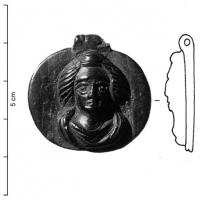 PDT-4011 -  *  Pendant: bust ( s)&#013 *  Oval or circular pendant , representing one to three busts face : single woman , couple or couple with one child , and the bottom is smooth and the medallion can have a border or not , cross perforations at the top , smooth side .
