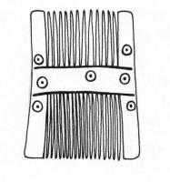 PGN-6008 -  *  Comb two rows of a single piece ( 14a Ashby )&#013 *  Comb with two rows of symmetrical teeth of unequal width , sépaées by a smooth band , also smooth sides and decorated with rosettes .  large combs .
