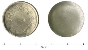PIO-4025 - Silver game counter&#013&#013 *  Playing piece cup-shaped , having a slightly convex surface , the other with a hollow bead flange ; embossed decoration small circles ( around 12 , the center 1 ) .