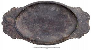 PLA-4001 -  *  Oval dish Eggers Type 121&#013&#013 *  Flat oval whose narrow edge extends in the longitudinal axis with two handles for gripping the scalloped contour generally decorated with a decoration engraved plant emerging from kantharos inspiration .  The background can be smooth or marked by an oval cast holding .