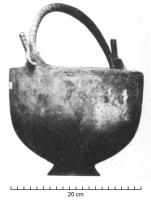 SIT-4003 - Situla, Hemmoor type&#013&#013 *  Situle hemispherical fome with a straight lip, usually thickened and molded outside , from which emerge two perforated appendices in which plays a snare termination hooks , tapered foot.