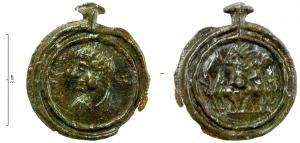 TES-4087 -  *  tessera monétiforme&#013&#013 *  Hard molded lead, sided with reliefs monétiformes specifically listed in two concentric circles : A / juvenile Bust left , R / Quadriga Sol , front .